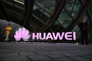 US intelligence warns users against buying Huawei, ZTE smartphones
