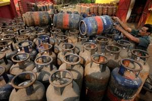 Cylinder blast kills two in Greater Noida, two injured