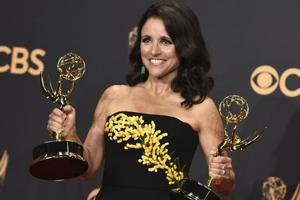 Julia Louis-Dreyfus shares first post-op photo after cancer diagnosis