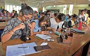 DU may devise a tiebreaker formula for CBCSgraduates for admission to...
