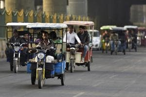Noida: Autos, taxis will not be allowed to wait on Sec 18 roads