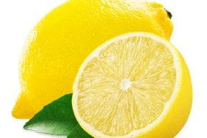 Lemon fetches Rs 7,600 at auction in Tamil Nadu's Erode temple