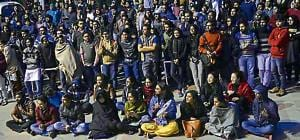 JNU students, teachers to take protest to HRD ministry