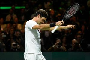 Roger Federer pokes fun at himself after becoming oldest tennis world...
