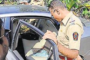 2 break into businessman's car in Thane, steal jewellery worth Rs7...