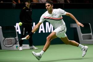Roger Federer downs Andreas Seppi to reach Rotterdam Open tennis final