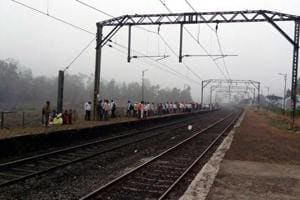 Umbarmali, Thansit are now official stoppages for trains on...