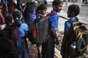 Carrying schoolbags that weigh between 5 and 10 kg is common for eight- to 13-year-old children in India as most institutions insist they bring about a dozen books and notebooks to school every day.
