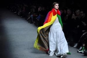 London Fashion Week: Burberry shows its colours for designer Bailey's...