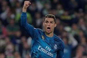 Zinedine Zidane thrilled with Cristiano Ronaldo ahead of PSG reverse...