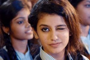 Is Priya Prakash Varrier's wink scene copied from another Malayalam...