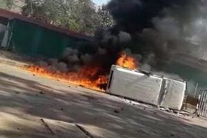 8 killed as truck rams into tea stall in Madhya Pradesh, locals torch...