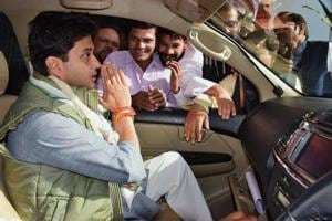 Fight between BJP's fake and Congress' real development: Jyotiraditya...