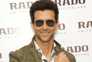 Hrithik Roshan is unrecognisable as he sells papad in Jaipur for Super...