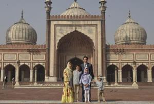Canadian PM Justin Trudeau visits Delhi's Jama Masjid, see pics