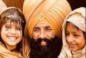 Akshay Kumar is shooting for Kesari with kids. The photo will make...
