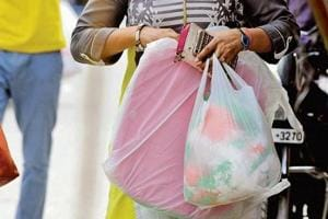Associations opposing Maharashtra plastic ban to stage march at Azad...
