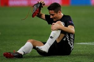 Jose Mourinho admits concern at midfielder Ander Herrera's injury in...