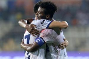 Delhi Dynamos FC rallied to hold FC Goa to a 1-1 draw to make a dent...