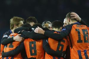 Shakhtar Donetsk come from behind to beat AS Roma in UEFA Champions...