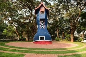 Mumbai's Kamala Nehru Park reopens: Kids can play inside the Old...