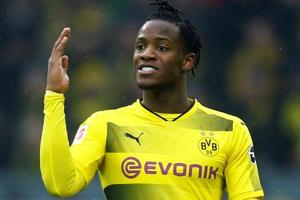 Borussia Dortmund's Michy Batshuayi alleges racist abuse by Atalanta...
