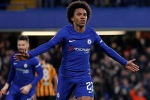 Chelsea's Willian puts Jose Mourinho friendship aside for Manchester...