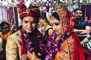 Singer Ankit Tiwari is 'finally married' to granny's choice Pallavi...