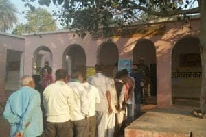 Madhya Pradesh bypolls: 4.35 lakh voters to decide fate of 35...