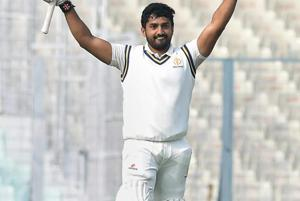 Karnataka canter to Vijay Hazare Trophy final with facile win over...