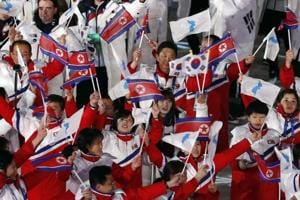 2018 Winter Olympics: South Korea brings curtain down on 'Peace Games'