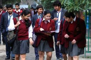 Out of 6,428 calls received on the CBSE helpline, about 4,322 are queries regarding forms, spelling mistakes, and downloading sample papers. The remaining 2,106 calls are counselling-related and are handled by trained counsellors.
