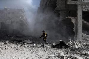 Death toll now 527 as strikes, clashes hit Syria's Ghouta despite...