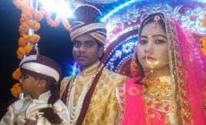 Bride Suman took the 'baaraat' to groom Raja's house in village Kandawa.
