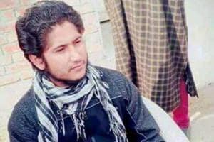 File photo of the Lashkar-e-Taiba's Naveed Jutt, who escaped from police custody Lashkar-e-Taiba militants attacked Shri Maharaja Hari Singh hospital in Srinagar on Tuesday. Jutt was caught in Kulgam in 2014. PTI Photo (PTI2_6_2018_000056B)