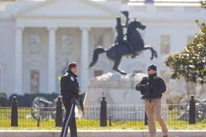 Man shoots himself outside White House, no other injuries: Secret...