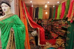The Inderlok Thursday market offers a variety of fabrics, suits, laces, neck designs, and lehengas at rock-bottom prices.