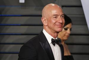 After losing China, Amazon Inc's Jeff Bezos really wants to win India