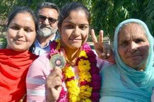 Punjab govt should offer me DSP's job: Wrestler Navjot Kaur