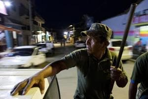 Photos: Fed up with violence and corruption, Mexicans form vigilante...
