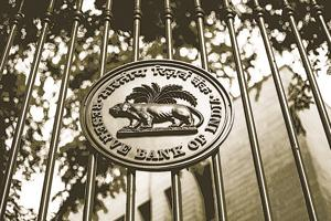 Government poised to get Rs 10,000 crore dividend from RBI