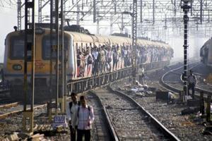 Railways lost over Rs 4,000 crore in 3 years by running Mumbai local...