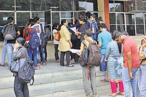 Delhi University has given 'in principle' approval to names of experts sent by Delhi government for constituting governing bodies (GB) in 28 colleges funded by it,