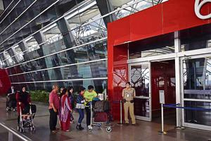 A passenger at the Delhi airport accidentally got locked inside a trial room at a store in Terminal 3 on February 16.
