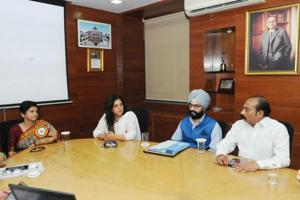 City Mayor Sanyukta Bhatia, after patiently listening to all issues and suggestions, assured that all grievances would be addressed.