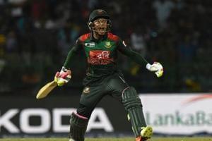Bangladesh cricketer Mushfiqur Rahim celebrate their team