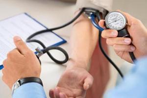 Indian-origin researchers develop handy blood pressure app, hardware