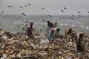 South corporation finally stops dumping at saturated Okhla landfill