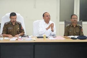 DM Singh, SSP Kumar hold meeting to improve law and order in Noida