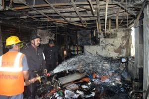 Fire breaks out in commercial complex in Thane; patients from nursing...
